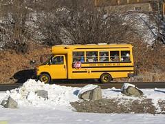 2002 Chevrolet / Blue Bird B2VC #52 (busdude) Tags: blue school snow bus bird chevrolet train district alki tours cascade 228 leavenworth snowtrain alkitours leavenworthsnowtrain cascadeschooldistrict228 alkitoursleavenworthsnowtrain