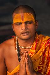 During Kumbh Mela pilgrimage 2013, Allahabad, India (David Ducoin) Tags: portrait india asia prayer praying ceremony priest pilgrimage pilgrim mela allahabad brahman kumbhmela ceremonie kumbh 2013 vishnou sadhou vision:people=099 vision:face=099 vision:portrait=099 vision:sky=0551 vision:outdoor=056