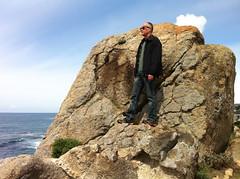 Shaun and Lolo go bouldering/Ribera Rd (LOLO Italiana) Tags: ca seascape landscape pacificocean carmel centralcoast pathway rockformation carmelriverbeach cloudyskies monasterybeach riberaroad loloitaliana shaunfilson