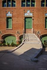 Rectificacin (SantiMB.Photos) Tags: barcelona windows espaa stairs ventanas artnouveau modernismo catalua escaleras santpau domnechimontaner 2tumblr sal18250 2blogger
