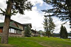 Jasper Park Lodge, Jasper National Park, Canada (leo_li's Photography) Tags: parcnationaljasper 艾伯塔省 jaspernationalpark alberta canada 加拿大 亞伯達省 canadianrockymountains rockymountains 洛磯山脈 亞伯達 艾伯塔