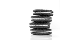 12/52 Favourite Things. (Suggsy69) Tags: nikon d5200 oreo oreos biscuits stack pile blackwhite bw blackandwhite monochrome mono 1252 52weekproject favouritethings week122017 52weeksthe2017edition weekstartingsundaymarch192017