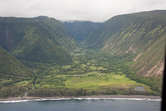 Hawaii (Big Island) 2010 - Waipi'o Valley (scbaker) Tags: ocean vacation island hawaii big helicopter valley bigisland waipio waipiovalley
