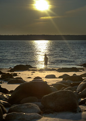 Sandy Point Lighthouse Beach, Shelburne, Nova Scotia, Canada (jackie weisberg) Tags: people lighthouse canada tourism beach water silhouette novascotia shoreline rocky lifestyle beaches popular shelburne ebbs rockpools goldensand shallowwaters lifestylepeople tidalbeach jackieweisberg jackieweisbrg thesandypointlighthousebeach