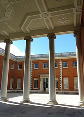 Colonnade at Courtyard at Osterley House (Jayembee69) Tags: england brick english nt courtyard column nationaltrust hounslow colonnade ionic osterley osterleypark greaterlondon
