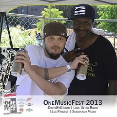 "Dope Visual Artist @eric_nine at @oneMusicFest #omf2013 #onemusicfest #iamtheDJ #iLoveSunsplash #music #dj #live #urban #soul #reggae #agoodlook #atlanta #art • <a style=""font-size:0.8em;"" href=""http://www.flickr.com/photos/92212223@N07/9786423186/"" target=""_blank"">View on Flickr</a>"