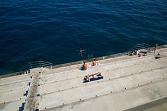 Principaut de Monaco. (Ross917) Tags: bw color port marina boats harbour 28mm nb montecarlo monaco ctedazur summicron couleur principautdemonaco leicam9
