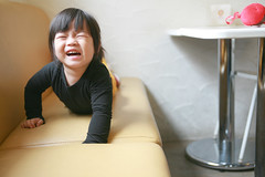 Oh No~My Hand Is Stuck~ (Zorie Huang) Tags: morning light portrait baby cute girl canon asian kid infant child stuck innocent crying taiwan 5d canon5d lovely taiwanese twoyearold zorie o2brunch