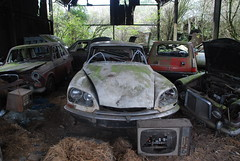 (Sam Tait) Tags: old red england white classic cars french junk princess 5 citroen ds dump retro renault waste plas vanden
