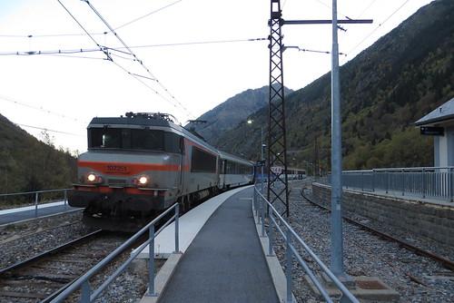 Train to the border