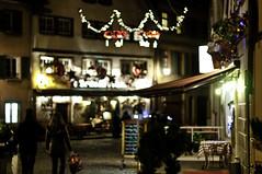 Christmas shopping (Martin Häfeli Photography) Tags: lighting christmas light france shopping weihnachten nikon frankreich bokeh illumination strasbourg alsace petitefrance elsass beleuchtung einkaufen d300 strassburg weihnachtseinkauf nikond300