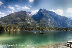 LAGO HINTERSEE 09 (www.ignaciolinares.com) Tags: paisajes naturaleza lake mountains alps nature water clouds alpes canon germany lago bayern deutschland see berchtesgaden landscapes agua europa europe mark ii nubes land alemania 5d alpen senderismo f28 montaas bei landschaften hintersee baviera ramsau 2470 berchtesgadener ignaciolinares wwwignaciolinarescom