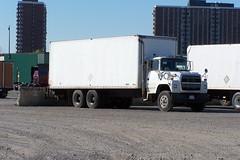 f04 10042007 Ottawa, Ontario Canada ©Ian A. McCord (ocrr4204) Tags: ontario canada truck kodak ottawa camion vehicle pointandshoot mccord trucking z740 ianmccord ianamccord