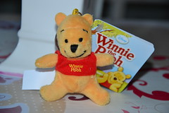 Plush Winnie (Girly Toys) Tags: winnie lourson et ses amis pooh his friends disney miel honey tigrou tigger porcinet piglet coco lapin rabbit maître hiboux owl grand gourou kanga petit roo bourriquet eeyore lumpy darby buster jeanchristophe christopher robin collection plush missliliedolly miss lilie dolly aurelmistinguette girly toys collectible girlytoys