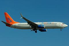 C-FLSW (Sunwing Airlines) (Steelhead 2010) Tags: boeing yyz b737 sunwing b737800 creg cflsw