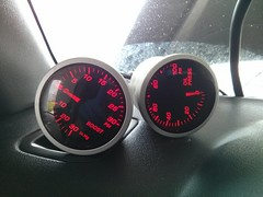 2013-06-16-15-33-27-214 (snackerz) Tags: xt subaru oil pressure install gauge forester boost maddad