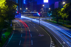 Light Trails (DigiPub) Tags: street city longexposure sky motion tree japan horizontal architecture night speed outdoors photography streetlight traffic sold citylife nopeople illuminated transportation yokohama onsale  japaneseculture gettyimages sakuragicho roadmarking windingroad citystreet lighttrail  traveldestinations colorimage buildingexterior dividingline highangleview sale201404 180549894 sale201512