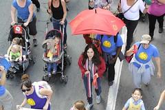 moca-3007 (Centraide du Grand Montréal) Tags: canada quebec montreal aux 1000 marche parapluie evenement parapluies centraide