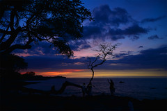 Transition Of Light (TQTran) Tags: light sunset beach silhouette hawaii bay silhouettes bluehour bigisland transition waikoloa anaehoomalubay anaehoomalu waikoloabeach
