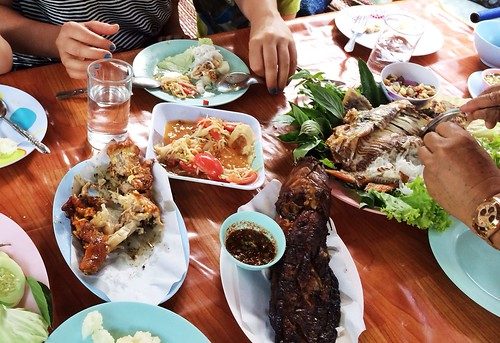 Thai-Style Lunch