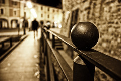 svista (MrStein77(Roby)) Tags: blur muro stone wall night persona piano primo railing knob roccia notte pomello sfocato ringhiera mrstein77