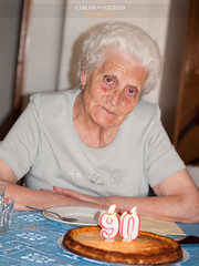 Senior woman ready to blow out the candles (Carlos Ciudad - Stock Photography) Tags: birthday old portrait españa woman home face cake table casa mujer spain europa europe candles mayor sweet expression retrato pastel happiness olympus health years felicidad salamanca anciana cumpleaños 90 velas oldage mesa greatgrandmother dulce tarta gettyimages años salud vejez seniorcitizen expresion bisabuela castillayleon e520 castilleandleon gettyimagesspain cctrillastock
