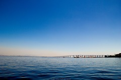 Rio-Niteri Bridge (Jeferson Felix D.) Tags: bridge sea water rio riodejaneiro canon de eos mar agua janeiro ponte niteroi ponterioniteroi 60d canoneos60d
