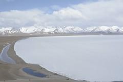 frozen Lake Nam in Tibet (Lie's Foto Studio 2.0) Tags: china lake asia tibet namtso himalayas namco lakenam damxungcounty