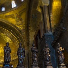 Duomo (sapissipas) Tags: light church statue gold italia dom interior kirche duomo venezia venedig