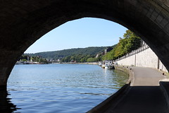 Namr (Wallonien, Belgien) - Am Ufer der Maas (p_jp55 (Jean-Paul)) Tags: river belgium belgique rivire maas fluss meuse namur belgien wallonie namen wallonien nameur namr wallonischeregion