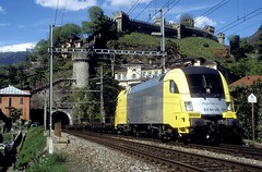 182 599  Bellinzona  26.04.05 (w. + h. brutzer) Tags: analog train germany deutschland nikon eisenbahn railway zug trains locomotive bellinzona taurus lokomotive 182 elok eisenbahnen mrce dispolok eloks es64u2 webru