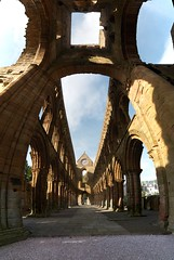Jedburgh Abbey (itmpa) Tags: slr abbey composite canon scotland stitch nave stmary stitched historicscotland stmarys 30d 12thcentury jedburgh scottishborders jedburghabbey canon30d augistinian davidi badlystitched tomparnell itmpa archhist c1138