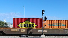LINFOX TOLL SHIPPING (Theen ...) Tags: bridge blue red sky orange yellow train underpass wagon lights traffic samsung railway line toll end shipping signal freight mile bakewell stopped theen linfox