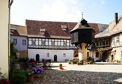 Quedlinburg Adelshof (ingrid eulenfan) Tags: unesco stadt weltkulturerbe quedlinburg taubenschlag gutshof adelshof