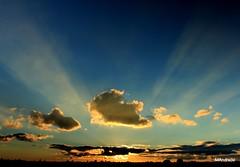 O farol que nos ilumina (Mandeandrade) Tags: sunset pordosol sun sol anoitecer entardecer