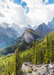 Little Beehive Viewpoint (Sean Pinn Photo) Tags: autumn trees cloud canada fall rockies triangle hill hut banff lakelouise mountian banffnationalpark mountainrange canadianrockies agneslake skhack