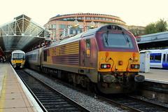 67017 - London Marylebone (danny444043) Tags: london loco db rush hour skip railways 67 017 chiltern midlands marylebone kidderminster mainline hauled 67017