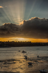 Solidor (_Eric.R_) Tags: light sunset sea sky mer beach landscape soleil brittany lumire sony coucher bretagne ciel paysage p