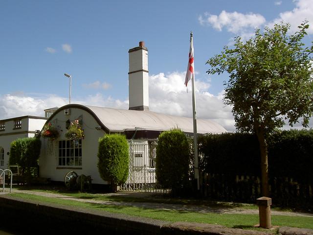 Preston_Bagot_Lock_Keepers_Cottage