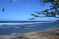BEATS PADDLING (RLBrinkman) Tags: ocean beach hawaii maui sailsurfing