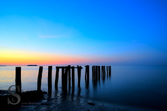 Sun rise breaking away the blues (Singing With Light) Tags: summer moon sunrise photography sony july kitlens ct milford 17th 2015 pointbeach mirrorless wildermerebeach sony1628 singingwithlight singingwithlightphotography alpha6000 sonya6000 sony24240
