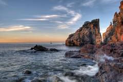 ... rincones de la Costa Brava ... (franma65) Tags: costabrava calas´aguia blanes cataluña mar mediterraneo amanecer sunset marina paisaje