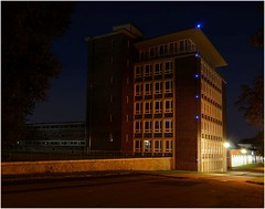 VEB Strömungsmaschinen Dresden, jetzt Zeitenströmung (michaelschmieder) Tags: veb strömungsmaschinen dresden deutschland nacht light night outdoor zeitenströmung sachsen