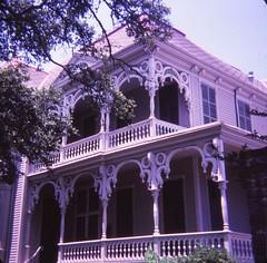 Galveston Victorian Houses (Stabbur's Master) Tags: victorianarchitecture victorianhouse victorians galvestonvictorianhouses galveston texas lonestarstate undulatingarches mckinneymcdonaldhouse marinerswheel eastendhistoricaldistrict 926winnie