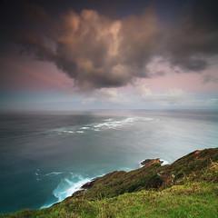 Te Moana-a-Rehua - Northland - NZ (angus clyne) Tags: cape reinga northland new zealand nz coast sea ocean pacific tasman light house green flax bay rock headland dawn cloud temoanaarehua