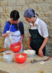 Cooking Class at Podere San Lorenzo (Volterra) (Crumblin Down) Tags: italy cooking vegetables bacon al san italia room volterra olive wrapped chapel fresh class apron pork lorenzo tuscany meal oil dining filet mariana tagliatelle tuscan marinella ragu podere spaghette