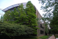 Illinois Institute of Technology (artistmac) Tags: city urban music chicago college st metal architecture modern campus hall illinois student university technology state center il institute hut iit housing miesvanderrohe van residence statest der mies corrugated tribune urbanrenewal 35th quonset mccormick rohe illinoisinstituteoftechnology vandercook shimer