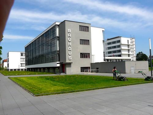 E007 Bauhaus, Dessau