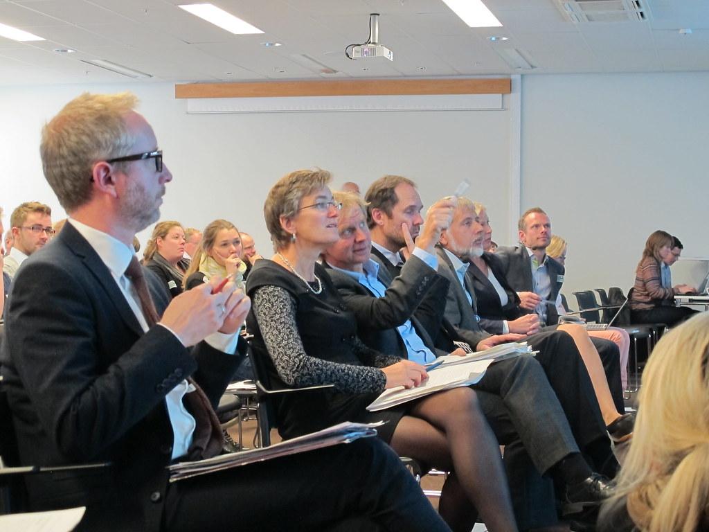 Bård Vegar Solhjell, Ellen Hambro , Audun Rosland, Jan-Gunnar Winther, Eystein Jansen og Cecilie Mauritsen