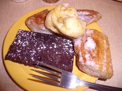 GEDC3327 (Darryl James - White Sheep) Tags: food dessert restaurant drink pizza cicis buffet allyoucaneat cicispizzabuffet